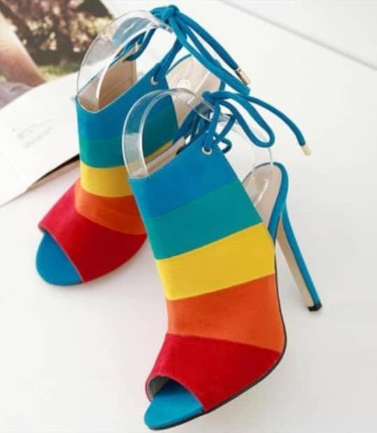 ebf10307e Chaussures a talons multicolore avec lacet, pointure 39-40: EB0001