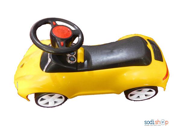 mini voiture pour enfant couleur jaune sodishop. Black Bedroom Furniture Sets. Home Design Ideas