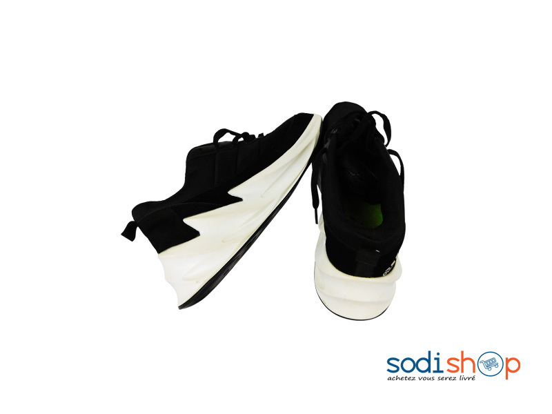 chaussure adidas homme couleur